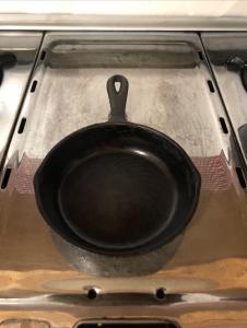 cast iron omelette pan